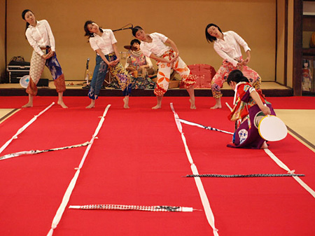 """『とりあえず、あなたまかせ。』より 2011年10月8日~10日、KYOTO EXPERIMENT2011 フリンジ """"GroundP★""""参加作品"""