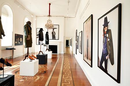 ロンドン・サマーセットハウス展示風景