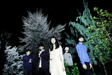 TAMTAM(左から2人目がJunet Kobayashi)