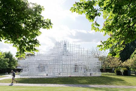 Serpentine Gallery Pavilion 2013(イギリス、ロンドン/2013年) ©Iwan Baan