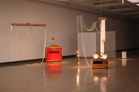 Yuko Mohri『I/0 - Chamber of a musical composer』2014 venues - Yokohama Museum, Yokohama Triennale 2014 photo by Yuko MOHRI