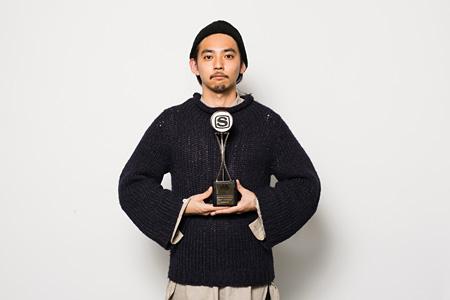 鎌谷聡次郎