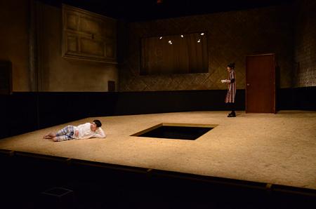 演劇引力廣島 第12回プロデュース公演『飛ぶひと』より(撮影©水戸亜祐美)