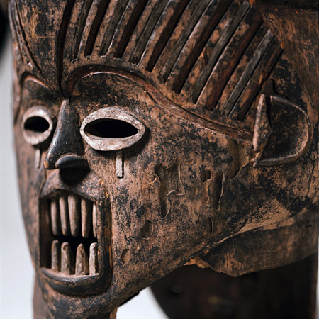 ヤヌス仮面、イボまたはイガラ(ベヌエ、ナイジェリア)Janus Mask, Ibo or Igala (Benue, Nigeria)  ©musée du quai Branly, photo Sandrine Expilly
