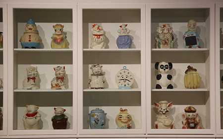 Andy Wharhol's cookie jars collection. Magnificent Obsessions_The Artist as Collector, Barbican Art Gallery. ©Peter MacDiarmid, Getty Images