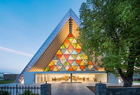 Christchurch Cardboard Cathedral, 2013 ©Stephen Goodneough / ©Shigeru Ban
