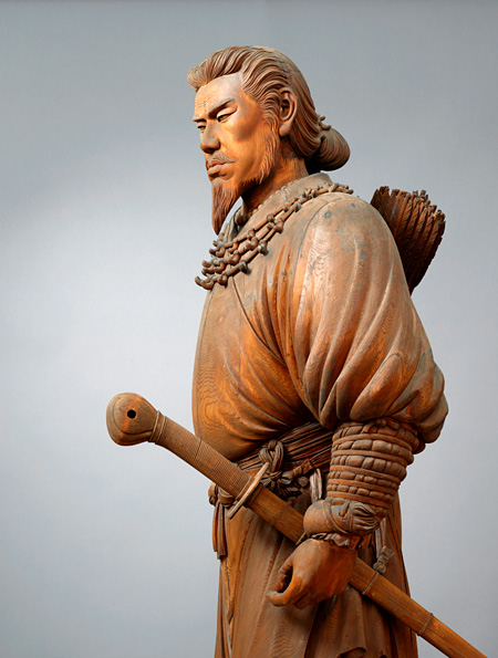 竹内久一『神武天皇立像』(部分)1890年(明治23)、東京藝術大学
