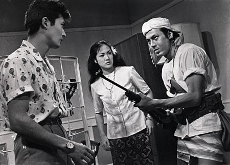 『波涛を越える渡り鳥』 1961(日活)、79分、35mm、カラー(監督:齋藤武市)