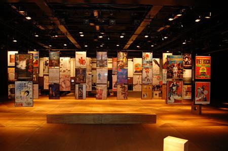 『現代演劇ポスター展-演劇の記憶、時代の記憶、都市の記憶-』会場イメージ