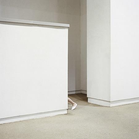 キ・スルギ『Unfamiliar Corner 02』2012年 アーカイヴァルピグメントプリント