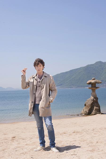 御手洗潔役の玉木宏 ©映画「星籠の海」製作委員会
