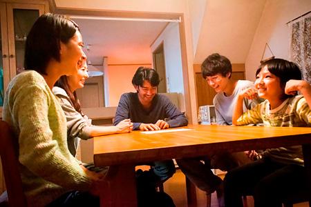 『at Home アットホーム』 ©映画「at Home」製作委員会