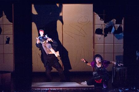 『障子の国のティンカーベル』(毬谷友子版)舞台写真 撮影:引地信彦(Nobuhiko Hikichi)