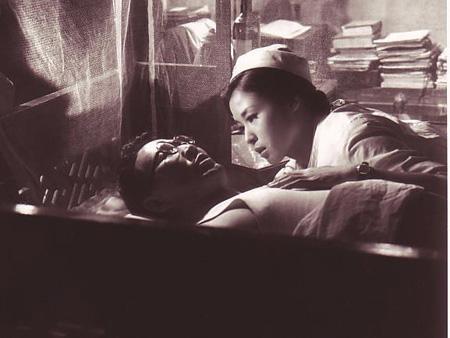 『赤い天使』 ©KADOKAWA 1966