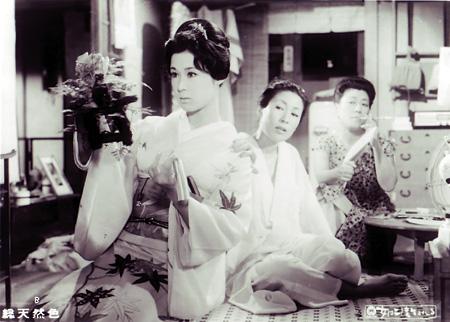 『女は二度生まれる』©KADOKAWA 1961
