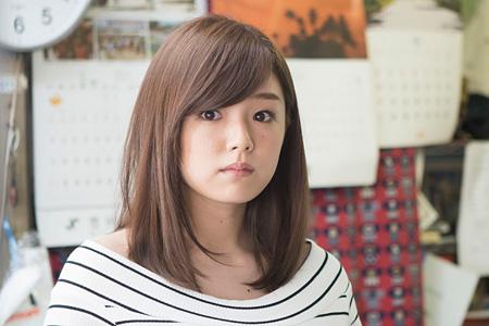 ケイコ役の篠崎愛 ©若杉公徳/講談社 &copy2015「映画 みんな!エスパーだよ!」製作委員会