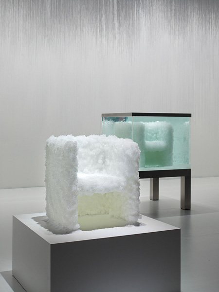 吉岡徳仁『VENUS-Natural crystal chair』(2008) ©Masaya Yoshimura