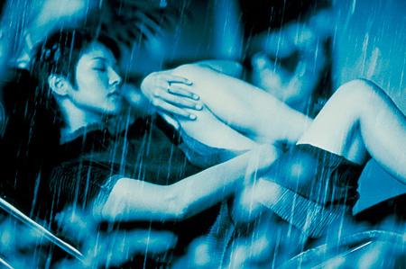 『六月の蛇』 ©2002 KAIJYU THEATER・TSUKAMOTO SHINYA