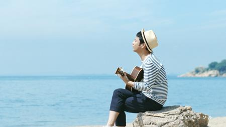 サントリー「オールフリー」テレビCM 「白いパラソル」篇より