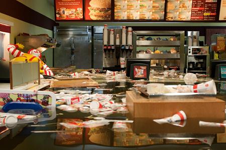 Superflex『Flooded McDonalds』2008 Photo:Superflex
