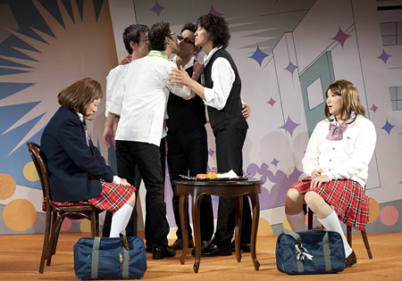 『15♥0』公演風景 2011年 写真:引地信彦