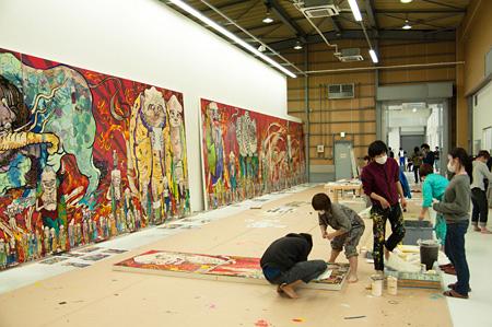 村上隆『五百羅漢図』制作風景 撮影:Aminaka Kenta