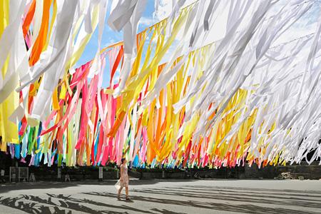エマニュエル・ムホー『100 colors』 2014