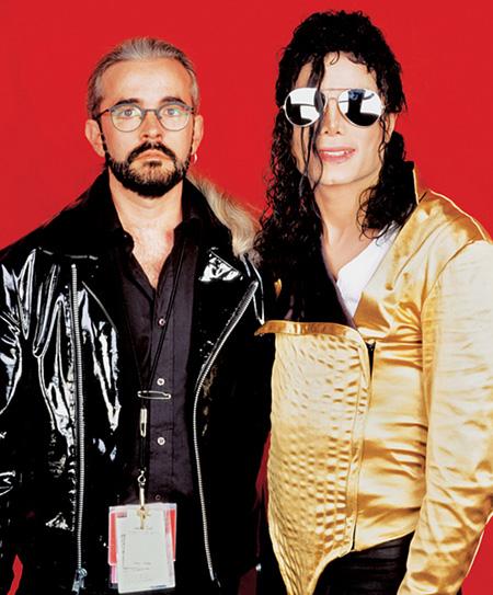 マイケル・ブッシュ(左)とマイケル・ジャクソン(右)