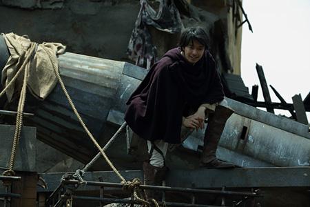 『進撃の巨人 ATTACK ON TITAN END OF THE WORLD』 ©2015 映画「進撃の巨人」製作委員会 ©諫山創/講談社
