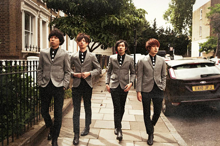 ​​​​THE BAWDIES
