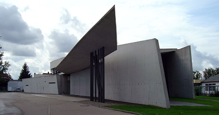 """Vitra fire station, full view, Zaha Hadid"" photo by Sandstein"