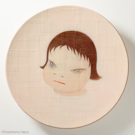 奈良美智『Shallow Puddles 2004』2004年 ※title revised in 2015, Acrylic on cotton, mounted on FRP, 95(diameter)×15cm ©Yoshitomo Nara, Courtesy of the artist and Blum & Poe, Los Angeles/New York/Tokyo