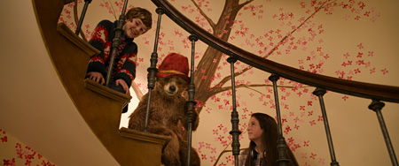 『パディントン』 ©2014 STUDIOCANAL S.A.  TF1 FILMS PRODUCTION S.A.S Paddington BearTM, PaddingtonTM, AND PBTM, are trademarks of Paddington and Company Limited