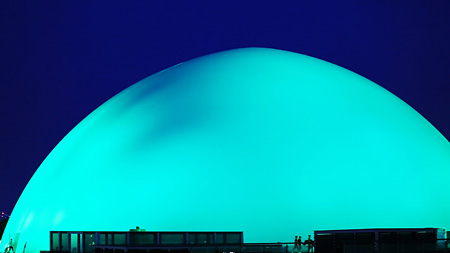 ジョウ・タオ『青と赤』2014年