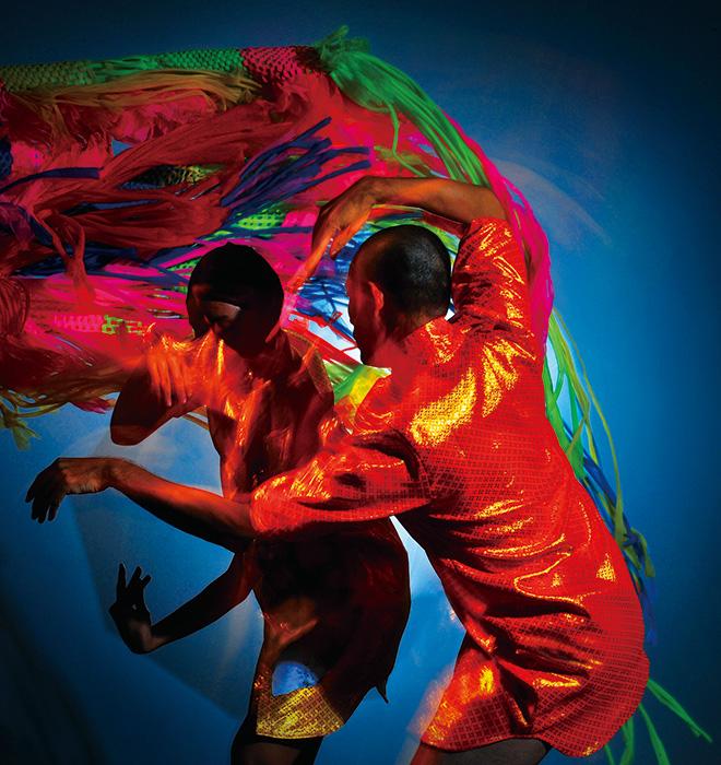 ピチェ・クランチェン ダンスカンパニー『Dancing with Death』2016年2月7日・8日@KAAT神奈川芸術劇場 ホール Photo: Nattapol Meechart