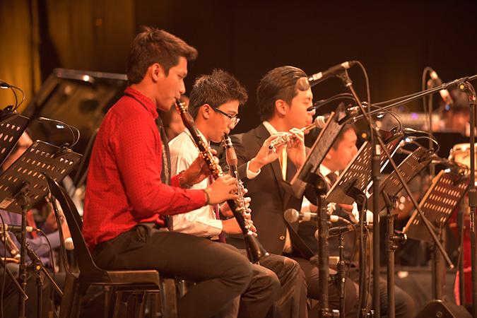 Asian Youth Jazz Orchestra マニラ公演の様子 ©Keith Dador(写真提供:国際交流基金アジアセンター)