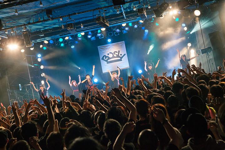 BiSH 1月19日開催ワンマンライブ『IDOL is SHiT』より