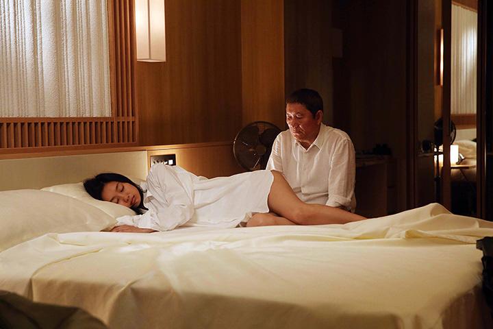 『女が眠る時』 ©2016 映画「女が眠る時」製作委員会