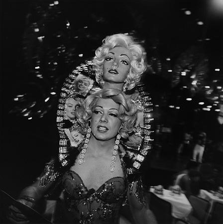 クラウディオ・エディンガー『カルナバル − スカラの舞踏会/リオデジャネイロ 1991年』1991年