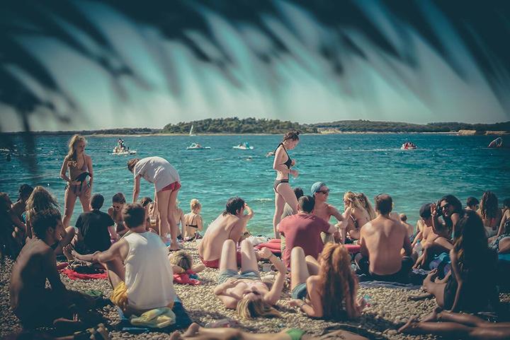 クロアチアの『OUTLOOK FESTIVAL』会場風景