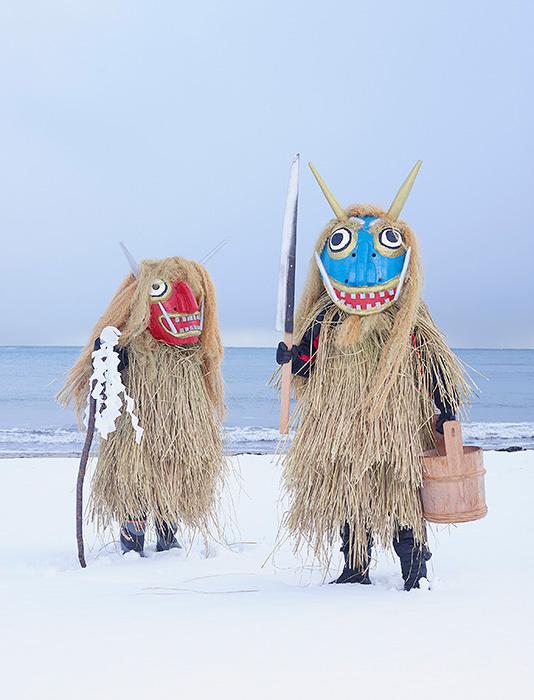 『Namahage』Ashizawa, Oga , Akita prefecture (Japan), YOKAINOSHIMA series, 2013-2015 ©Charles Freger