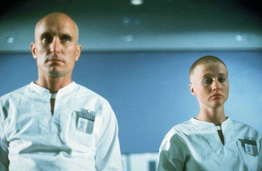 『THX 1138 ディレクターズカット版』(監督:ジョージ・ルーカス) ©1971 A Warner Bros. Entertainment Inc. All Rights Reserved