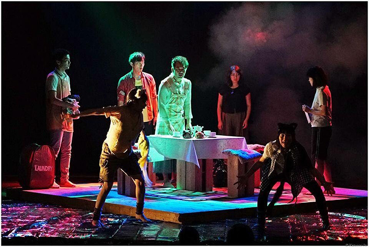 DULL-COLORED POP公演風景 photo:伊東和則