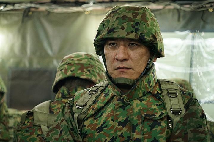 自衛隊関係者役のピエール瀧 ©2016 TOHO CO.,LTD.