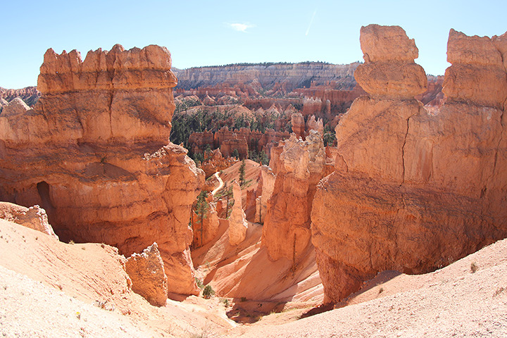 Bryce Canyon National Park, Courtesy of MacGillivray Freeman Films. Photographer: Barbara MacGillivray ©VisitTheUSA.com
