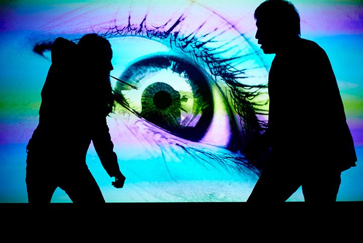 『眼球の夢』 ©2016 Arrete Ton Cinema, Stance Company