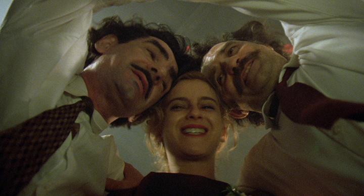 『アンダーグラウンド』 ©CIBY 2000  PANDORA FILMMOVO FILM