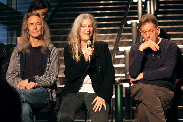 左からレニー・ケイ、パティ・スミス、フィリップ・グラス