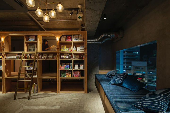BOOK AND BED TOKYO 池袋店内観 Photo Kastuhiro AOKI ©R-STORE 2015