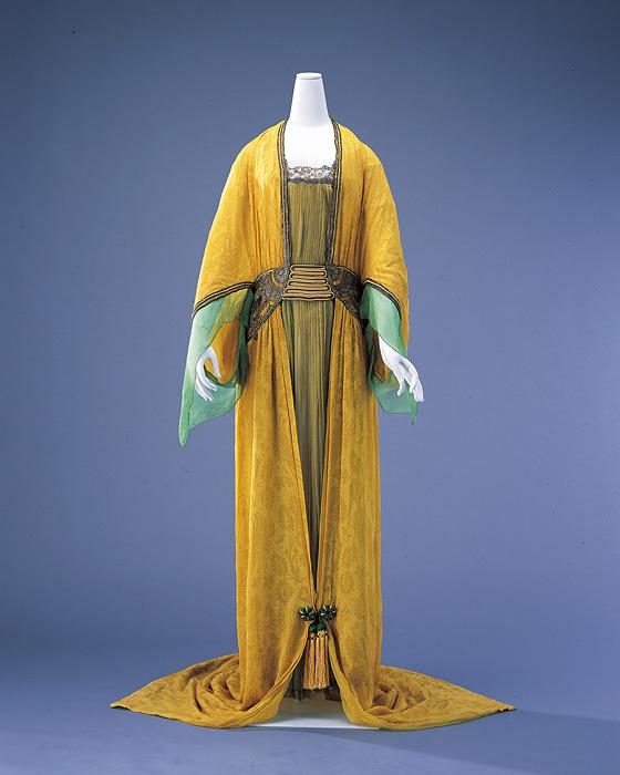 ポール・ポワレ『イブニング・ドレス』1913年、島根県立石見美術館蔵